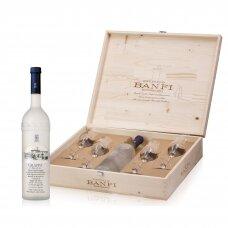 Banfi Grappa Di Brunello Tower Bottle + 4 taurės medinėje dėžutėje, 0,7 l